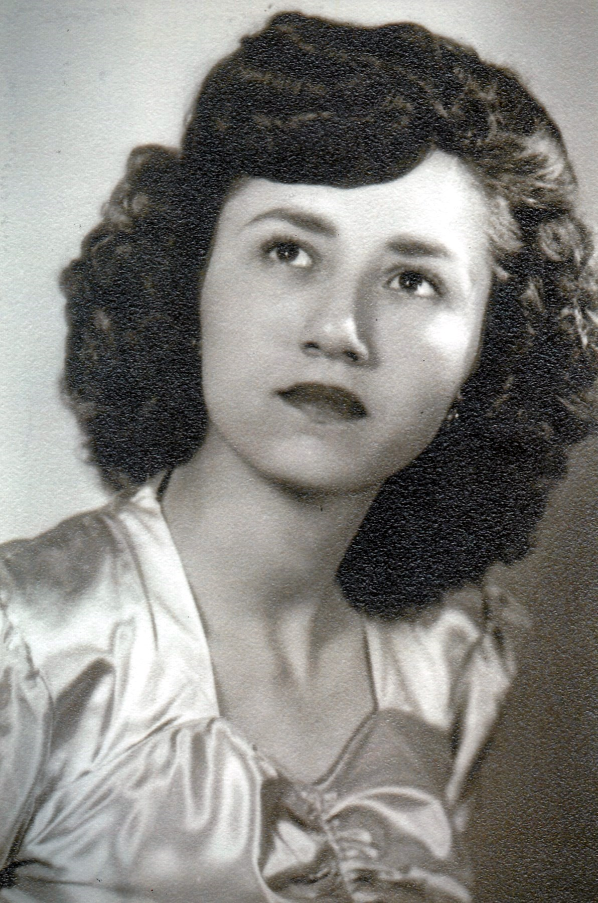 Flora J  Moregon