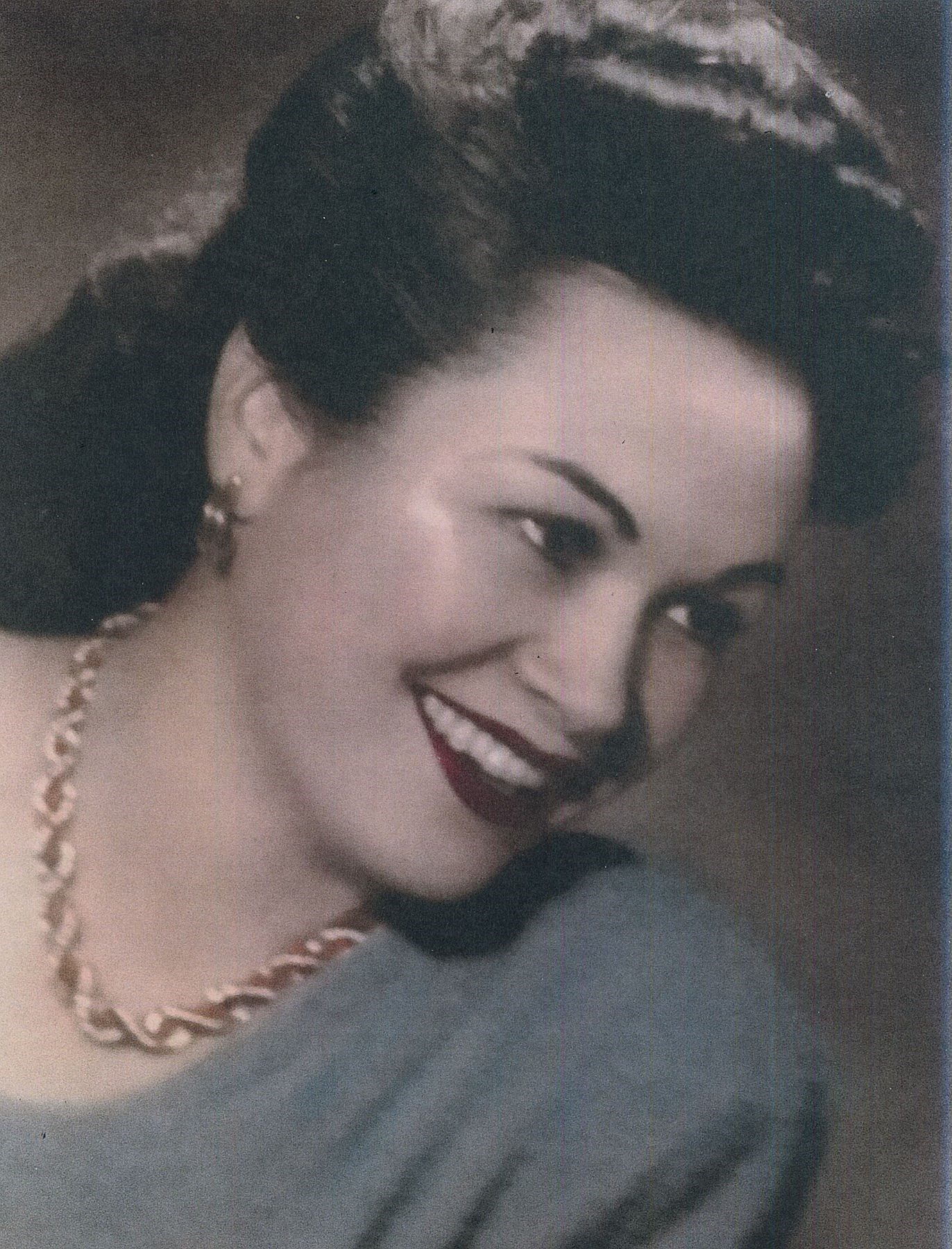 Elizabeth F.  Pomo
