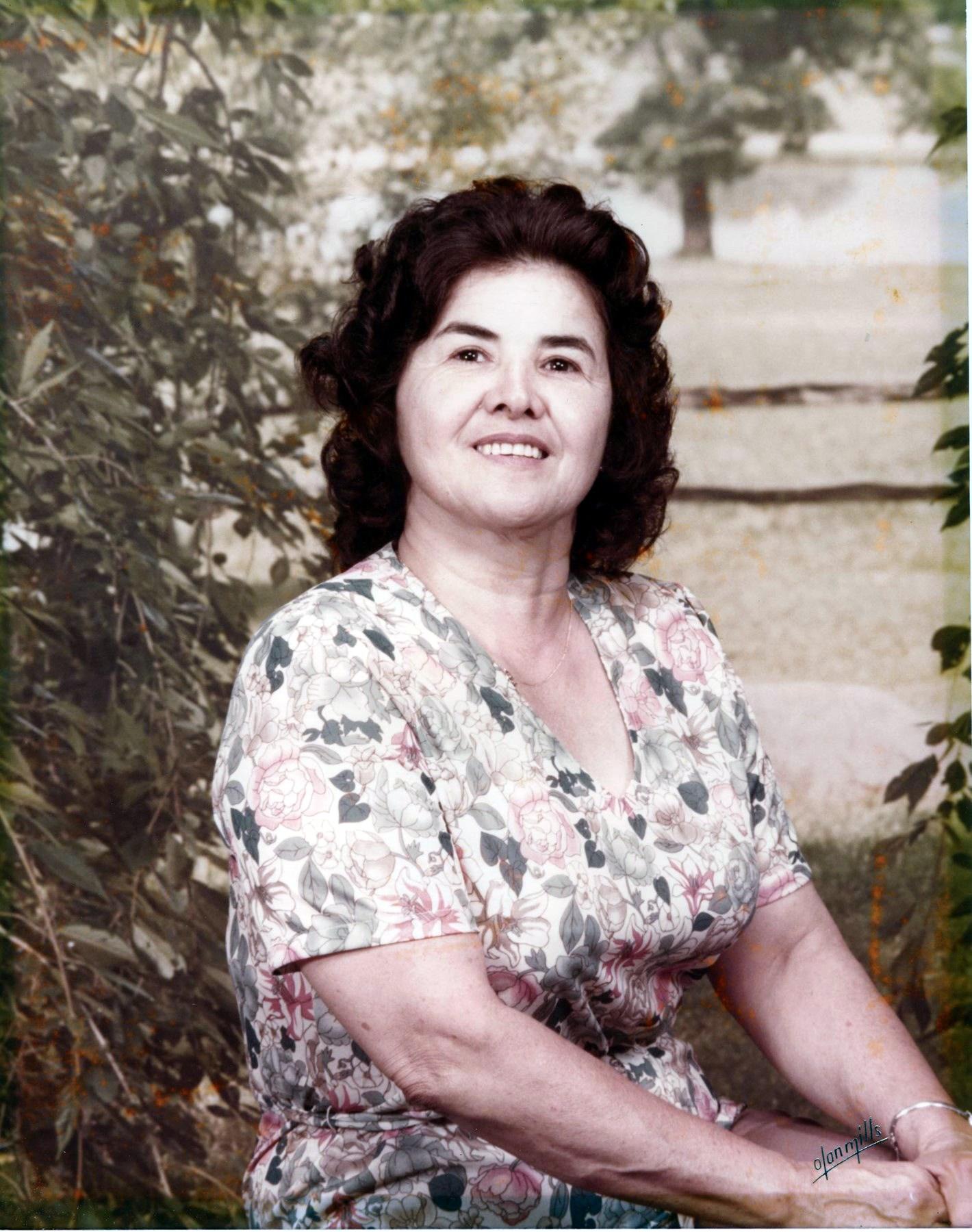 Guadalupe R  Hernandez