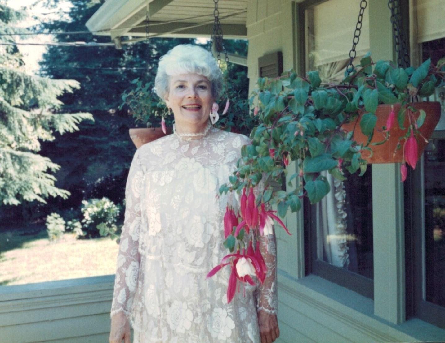 Anita Geraldine  White