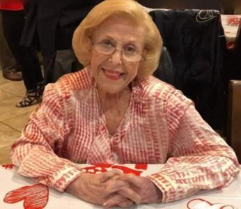Joyce  Cohan