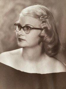 Annie Lou  DeLoach