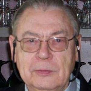 Roland V.  Cagle