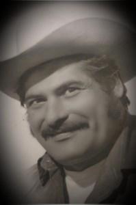 Francisco Luis  Flores