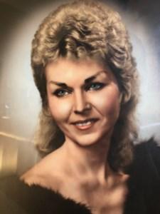Eva  Bouzide