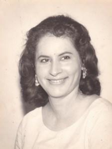 Nina  Ruiz