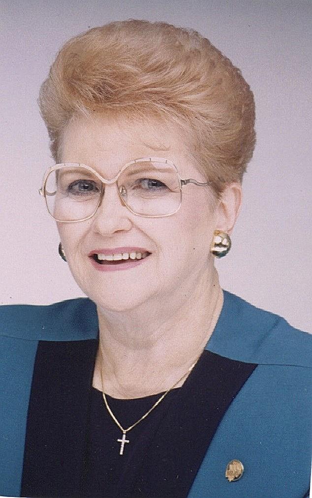 Betty Louise  Daniel