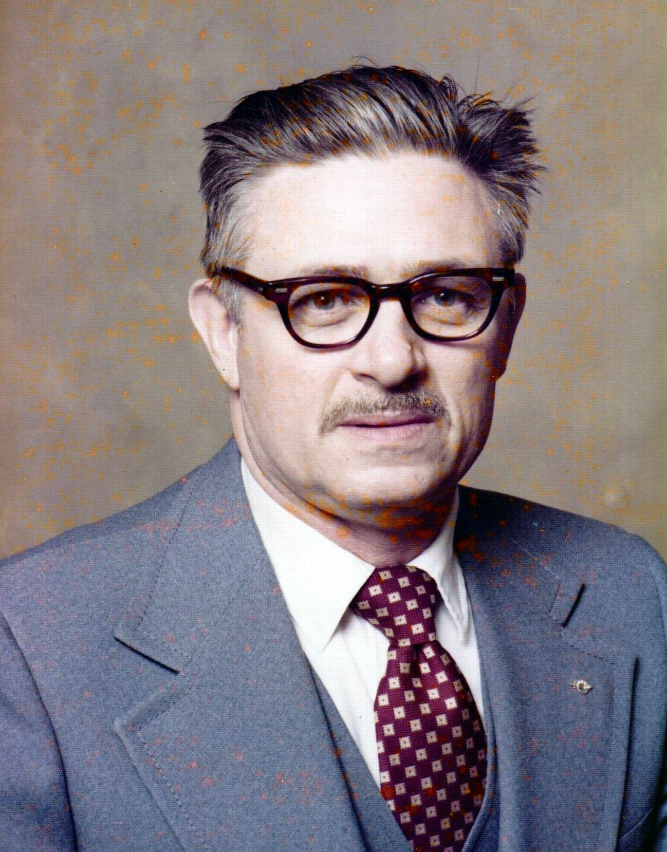 Henry E.  Birch Jr.