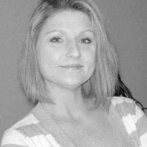 Jennifer Lynn  Campbell