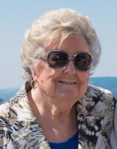 Joan  SALT