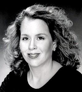 Laura  Greeney