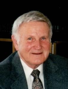 Robert John  Winnie