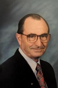 Vernon Esley  Mosley