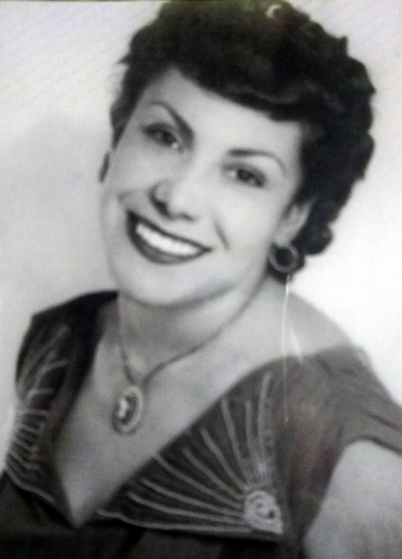 Esperanza G.  Prieto