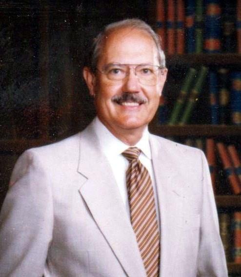 Dr. Gilbert  Bluhm