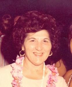 Susie  Leoni