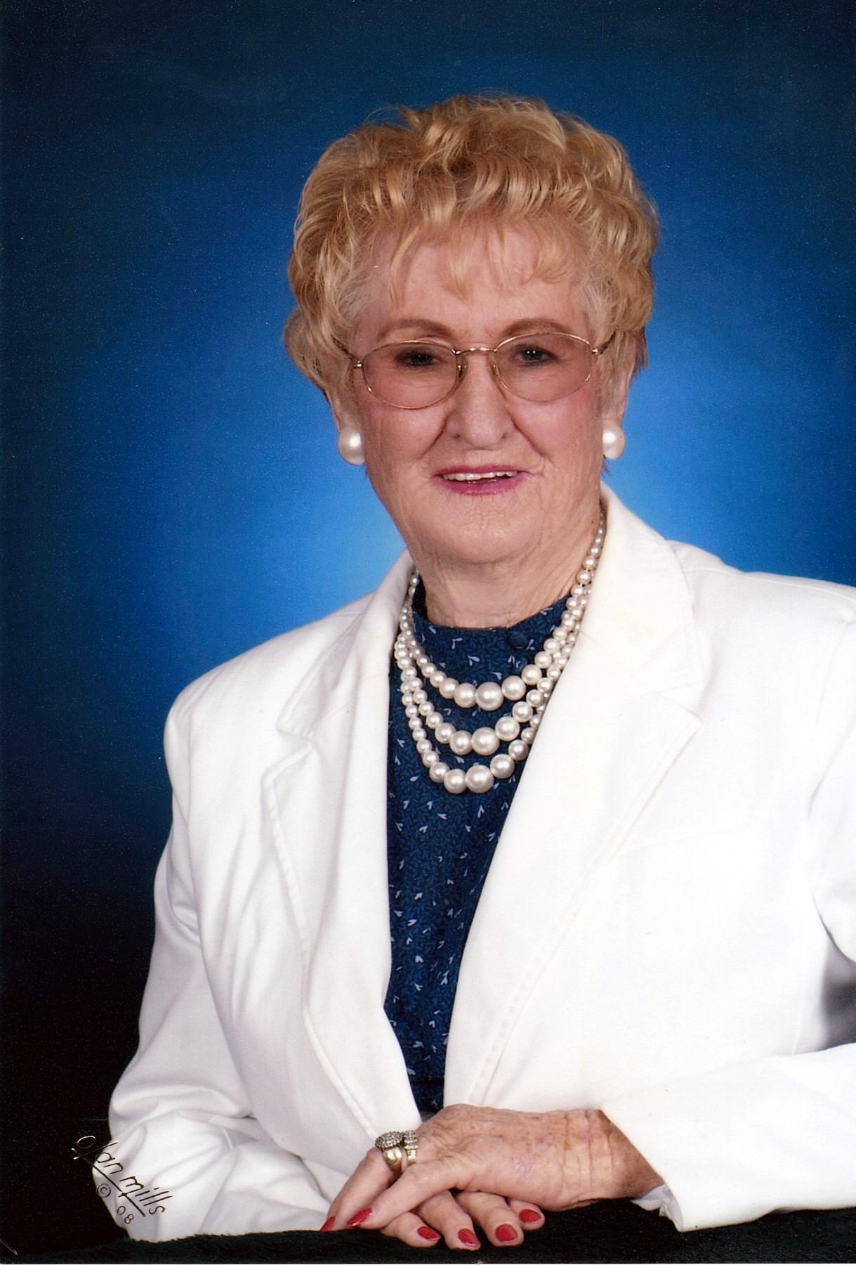 Venia Elizebeth  Brooks