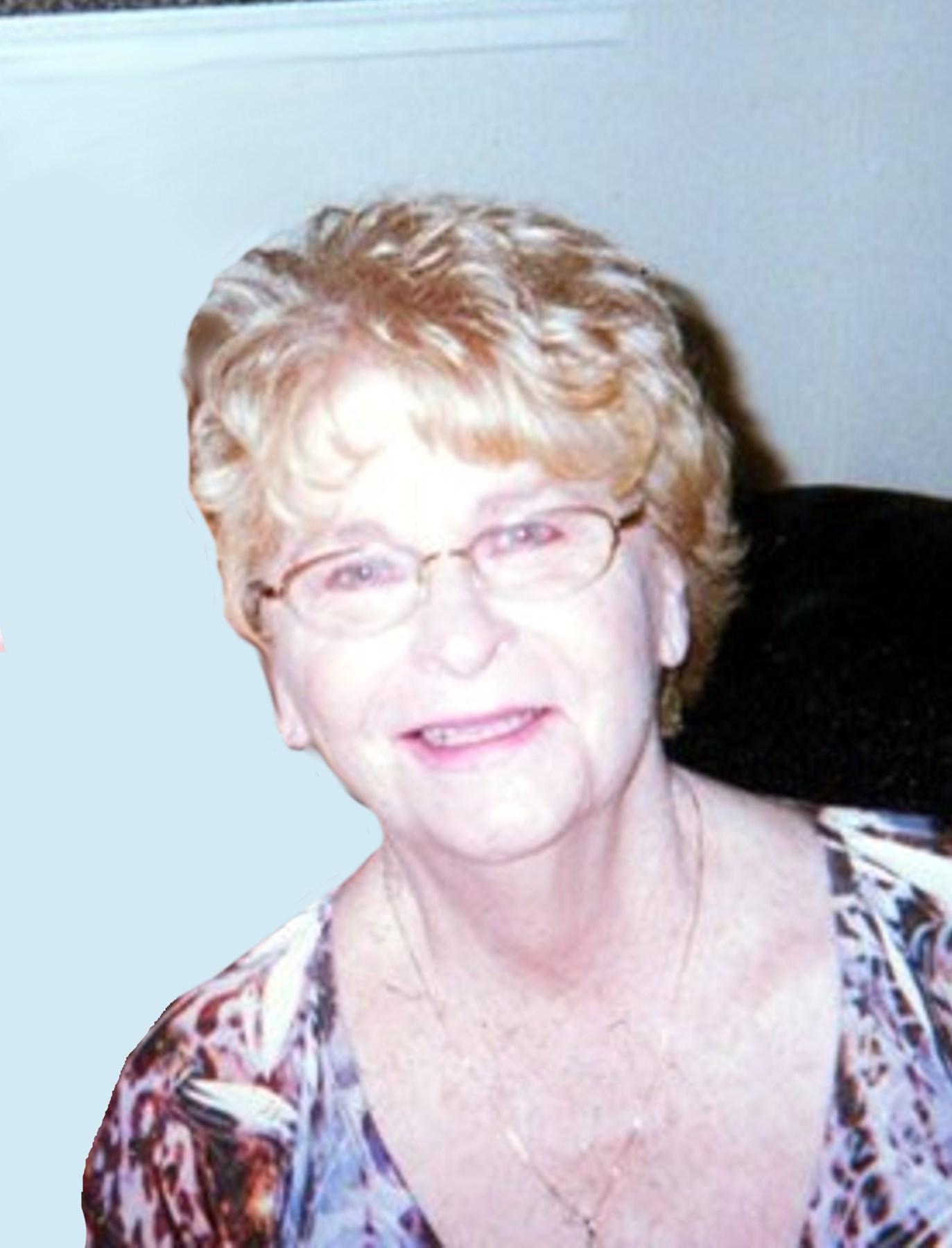 Harriet MacGibbon pictures