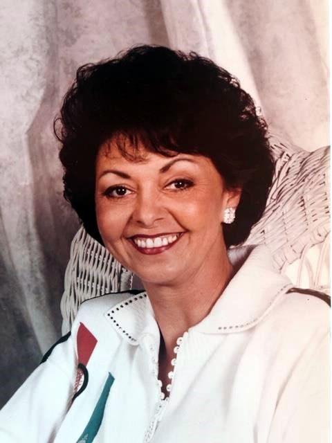 Vicki  Curtis