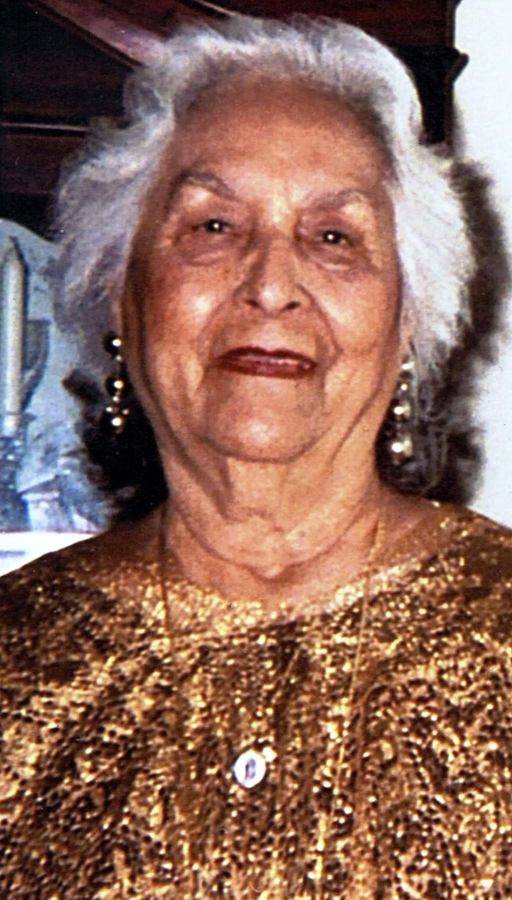 Elena C  Garcia