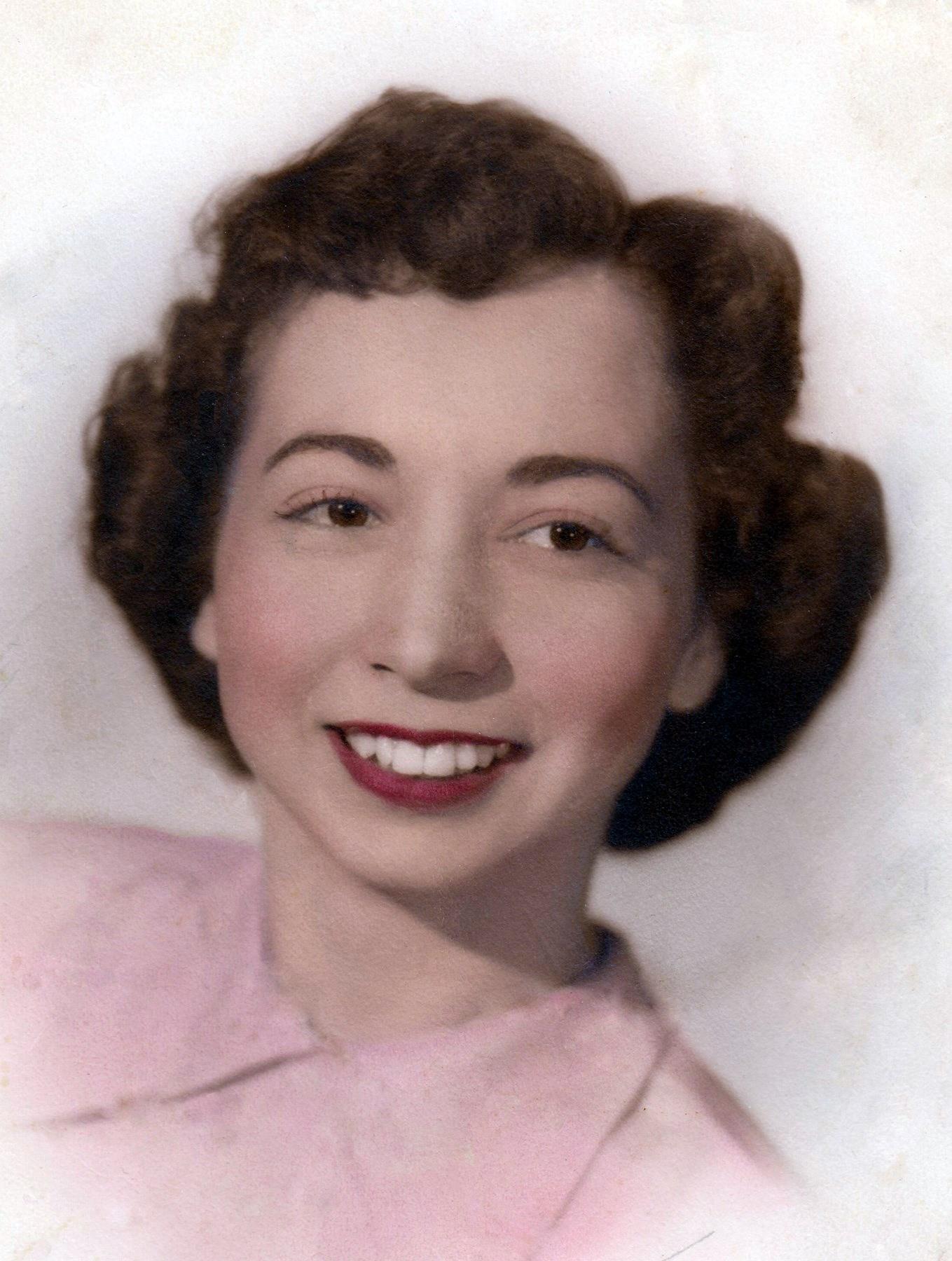 Gladys Mary Ganaway  Van Ampting