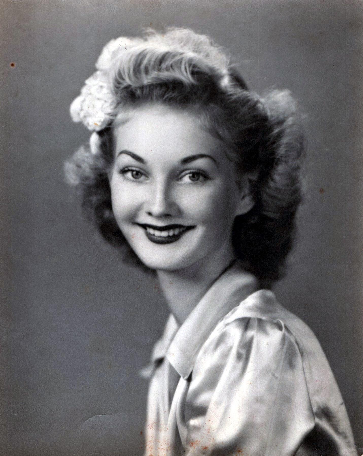 Annie Mae  Gibson