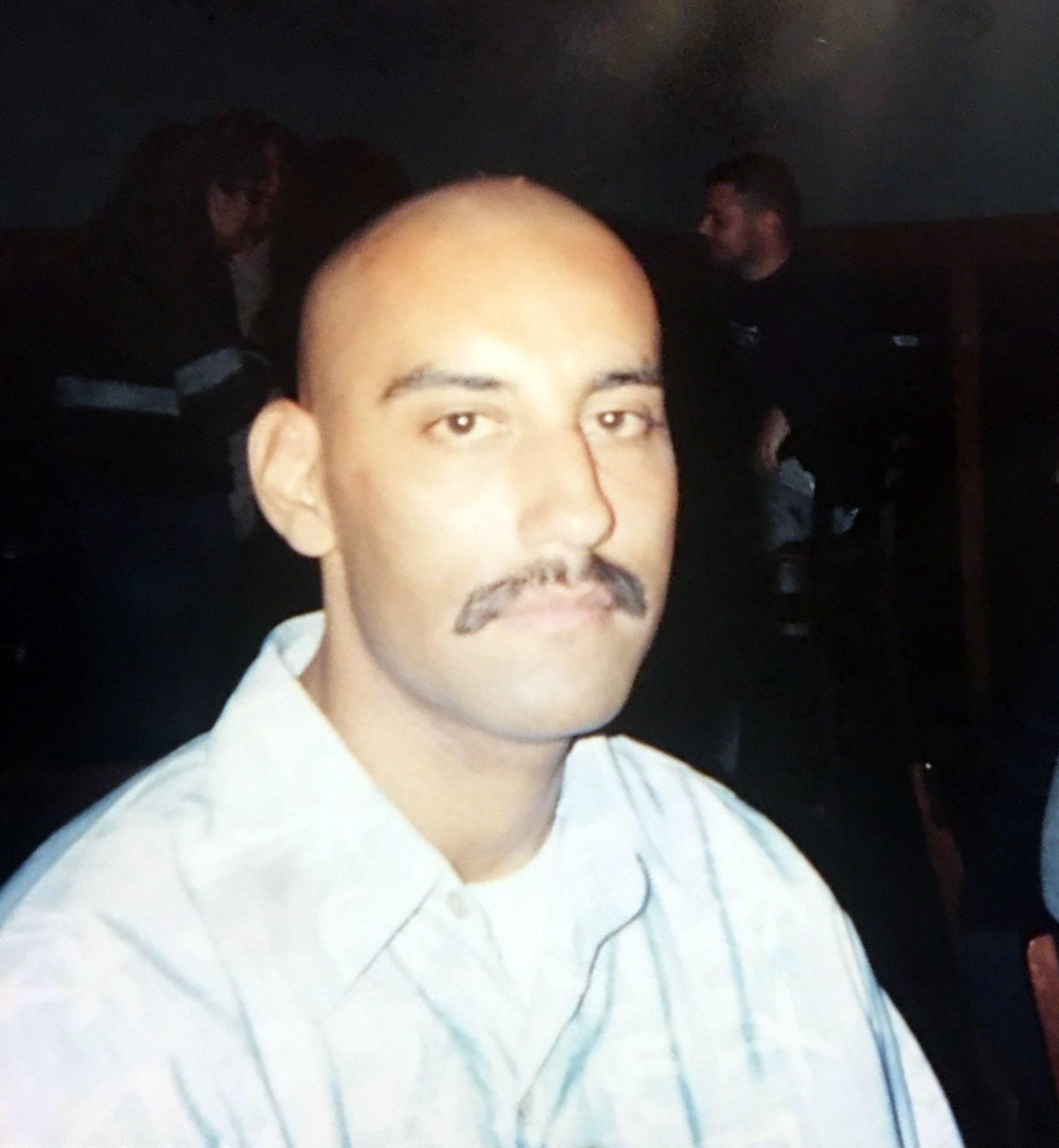 Carlos Raymond  Sanchez