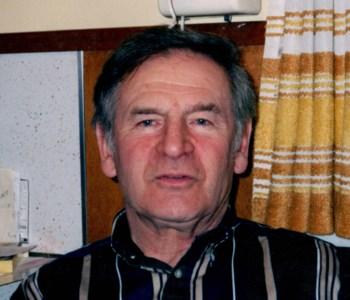 Robert E.  Ault