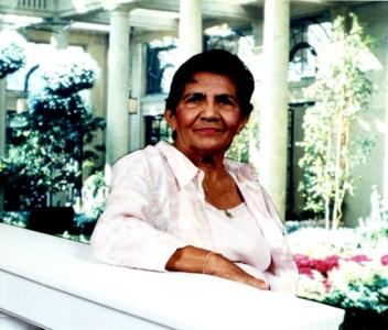 Elena Ponce VDa  De Castened