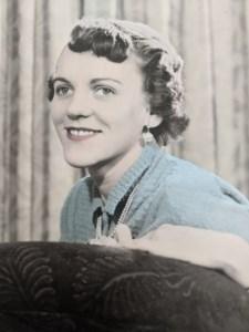 Marlene Yvonne  Gunn (nee McGillvray)