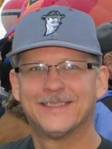 Derek  Ruff
