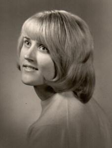 Nicette Elaine  Fitts