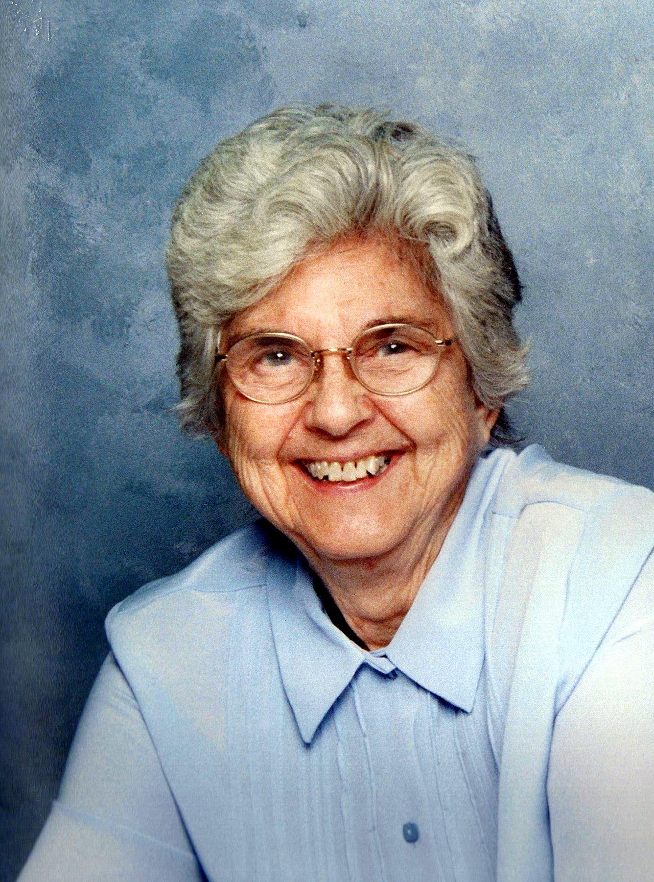 Doris Carneal  Roberts