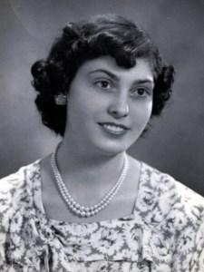 Gloria  Ferreira