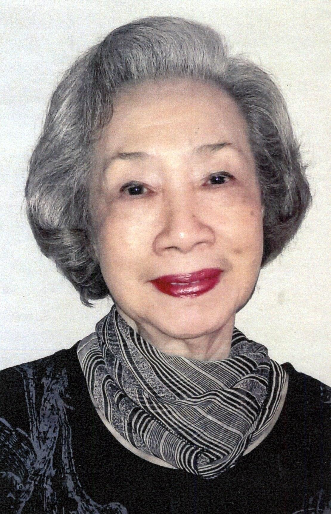Mrs. Iris  Chu