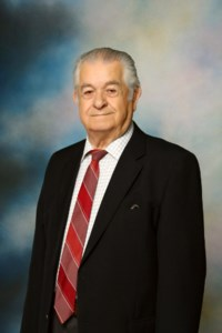 Gus  Stathis