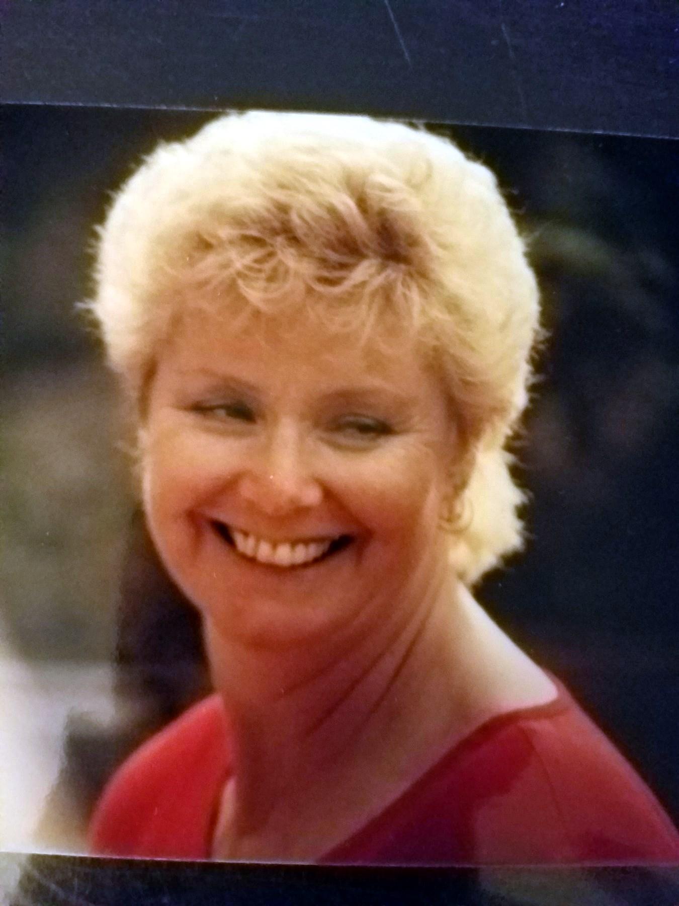 Carolyn Diane  Moss