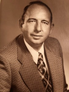 "Robert ""Bob"" Edward  Veale"