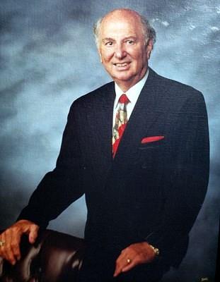 Dr. Bradley Showalter