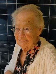 Kathleen Ellen  Kennett