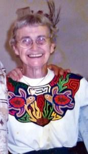 Anna  Hoyniak