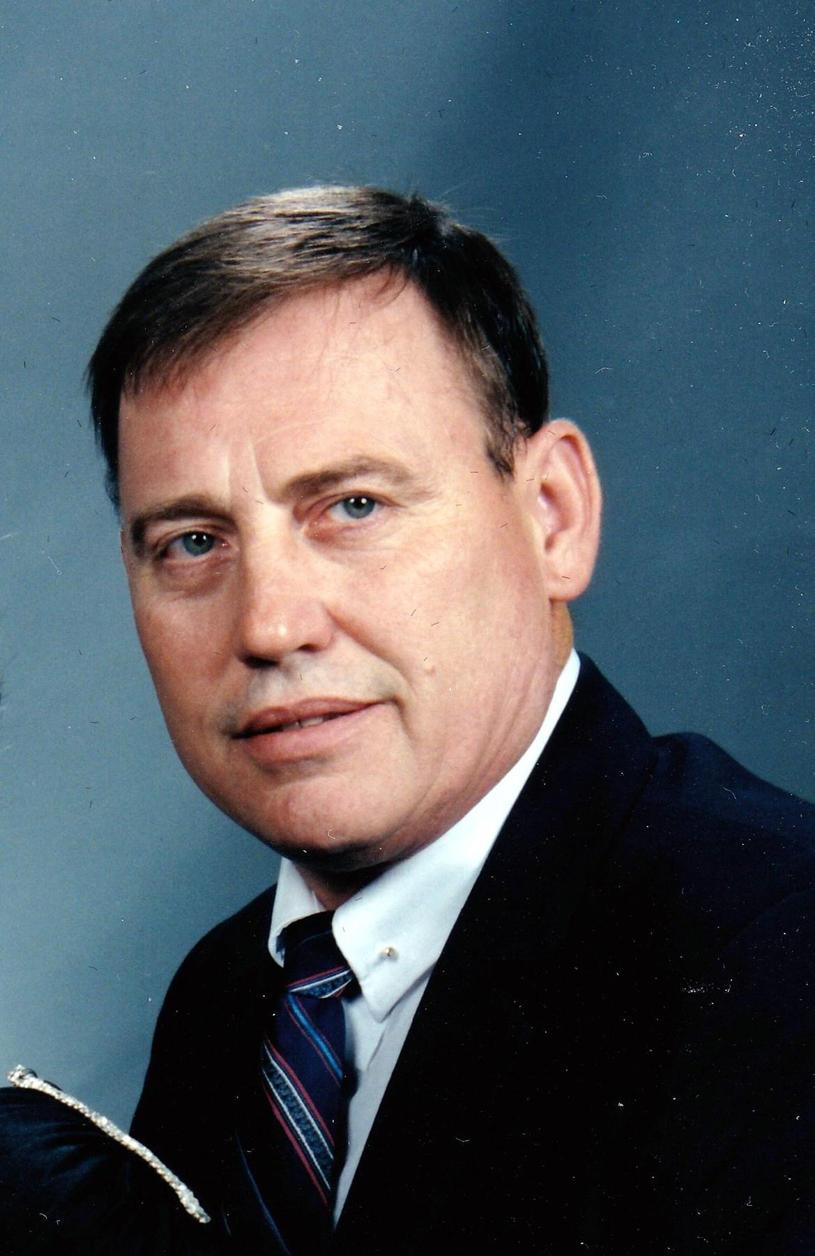 Henry Dale  Slowik