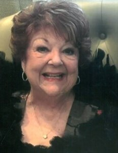 Lynn Bianchini  Courrege