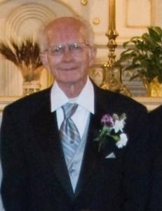 Ernest Manuel  Valdez