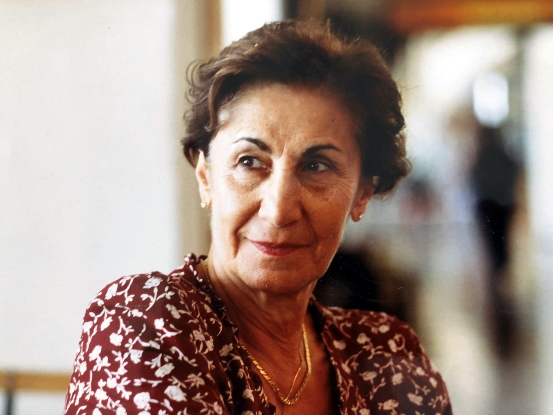 Joanne  Tatari