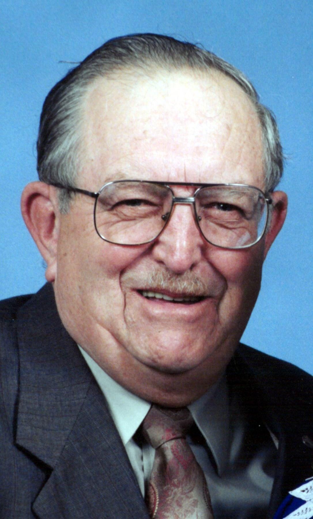 Robert G.  Scheibenberger