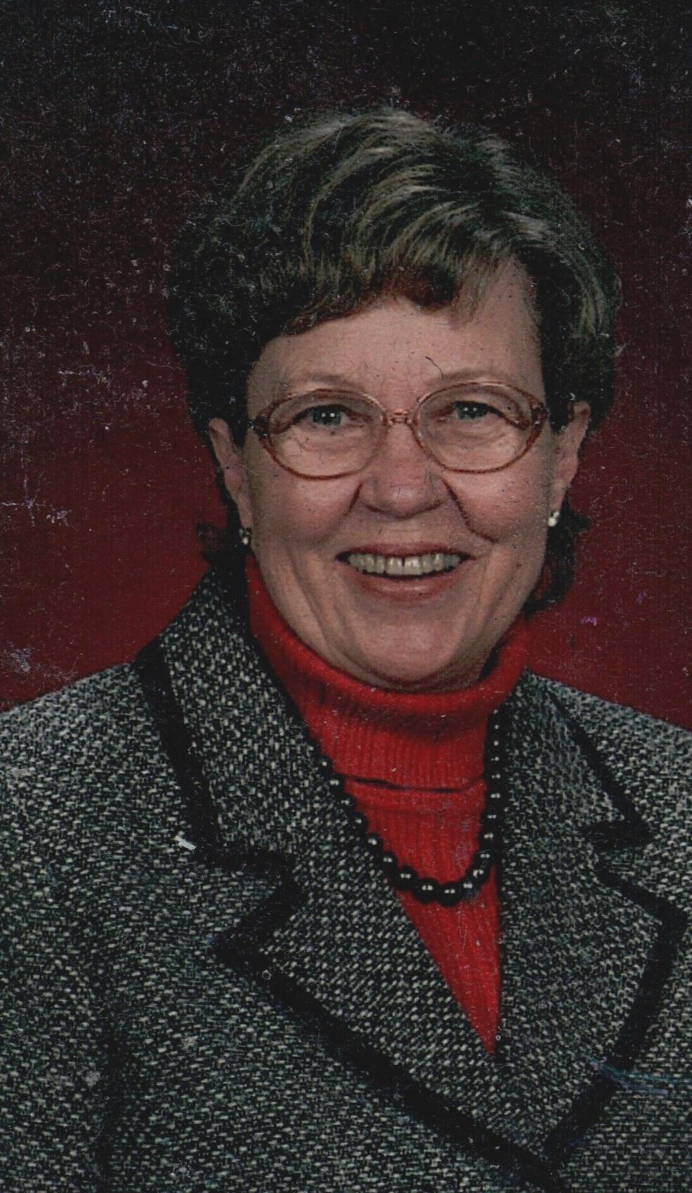 Dorothy Hooker  Robertson