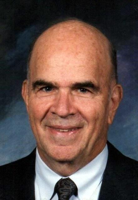 Mr. Robert Gordon  Kisler