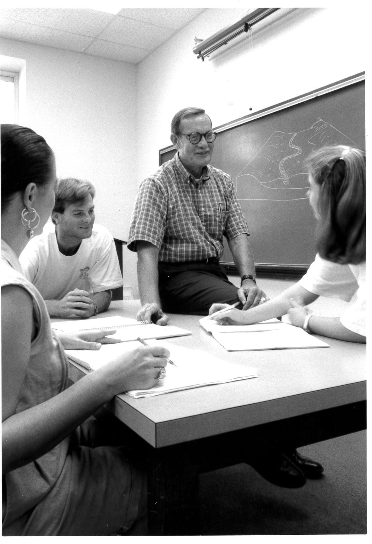 Dr. William Gary  Hooks