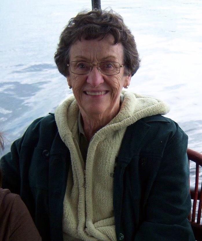 Shirley  Avis
